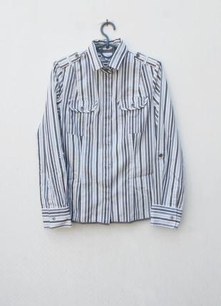 Классическая приталенная рубашка с воротником в полоску с длин...
