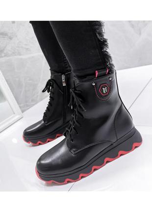 Ботинки женские на шнуровке 9339