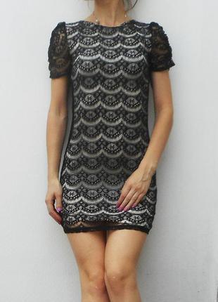 Черное кружевное нарядное летнее платье dorothy rerkins