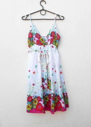 Летнее  платье сарафанв цветочный принт