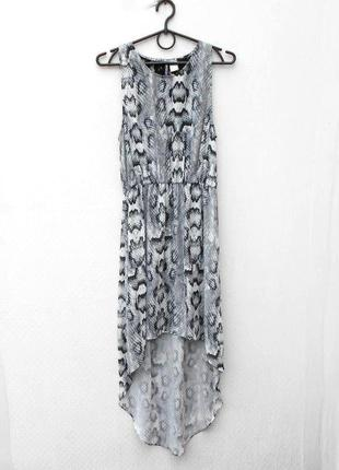 Летнее легкое платье с кружевом