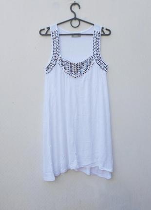 Белое летнее трикотажное свободное платье из вискозы
