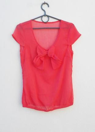 Летняя нарядная блузка без рукавов