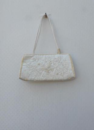 Вечерняя нарядная маленькая тканевая сумка вышита бисером