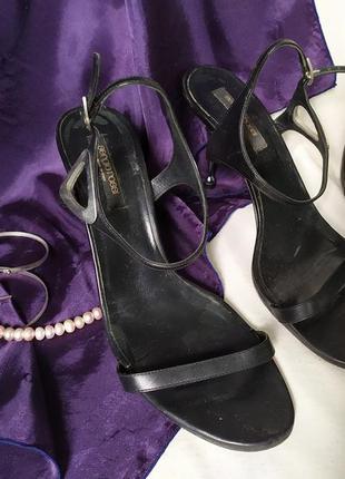 Черные кожаные босоножки на металлическом каблуке, винтаж serg...