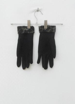 Черные осенние женские перчатки