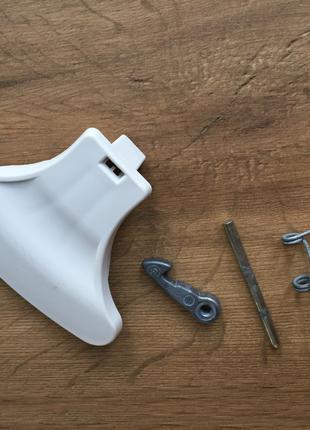 Ручка люка крючок стиральной машины Indesit 148026043 (в сборе)