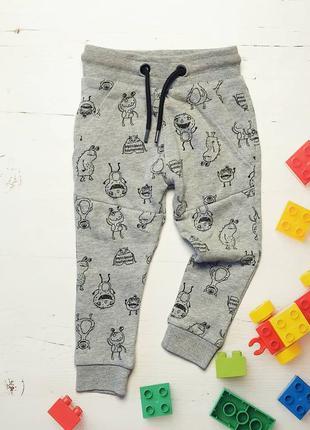 Спортивные штаны, спортики, спортивні штани