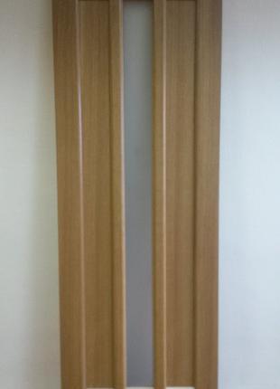 Дверь межкомнатная Трояна 70 см дуб натуральный шпон
