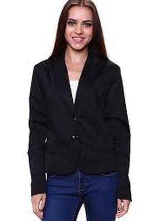 Черный классический приталенный пиджак жакет