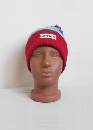 Зимняя спортивная шапка на флисе с бубоном с помпоном
