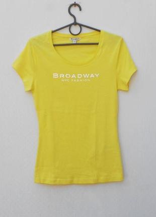 Хлопковая трикотажная  футболка с надписью