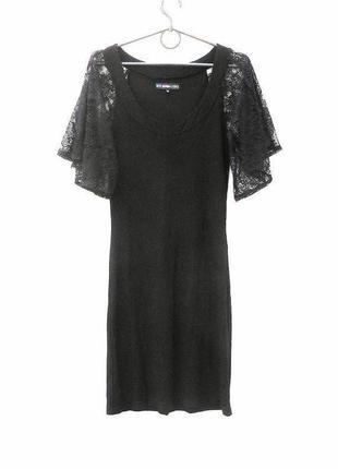 Черное летнее трикотажное платье с кружевными рукавами из вискозы