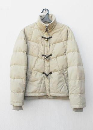 Бежевая зимняя теплая куртка пуховик