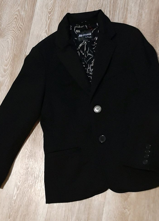 Стильный чёрный пиджак для мальчика / школьная форма / блейзер  /