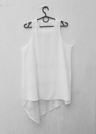 Белая летняя нарядная блузка без рукавов
