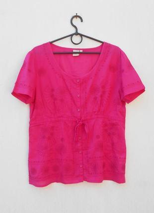 Летняя легкая хлопковая блузка с вышивкой с коротким рукавом