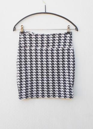 Летняя трикотажная хлопковая  юбка  мини с орнаментом на молнии