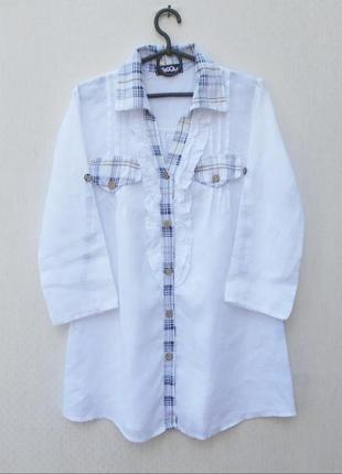 Белая летняя льняная удлиненная рубашка с рукавом 3/4 с воротн...