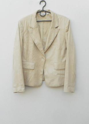 Классический пиджак приталенный жакет