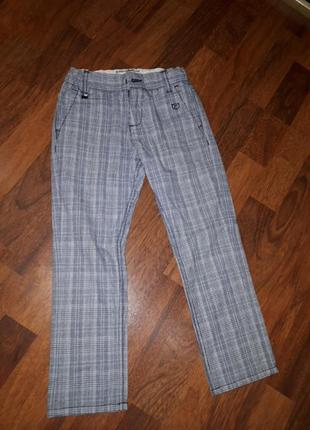 Катоновые боюки джинсы