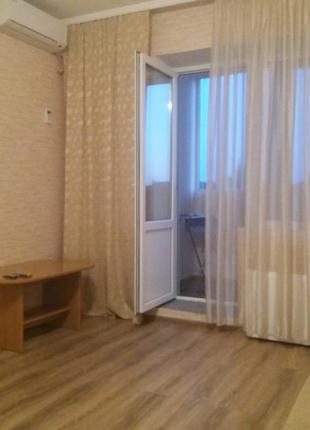 Светлая, уютная квартира с ремонтом и мебелью