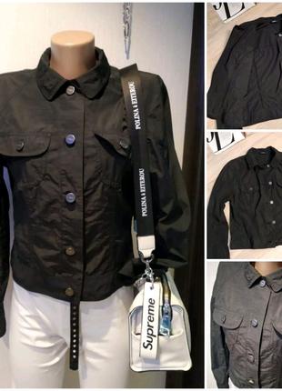 Черная тонкая брэндовая куртка пиджак жакет
