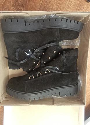 Ботинки сапоги зимние натуральная замша и натуральный мех