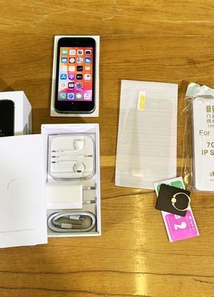 IPhone SE Space Gray новый + ПОДАРКИ