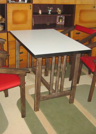 Комплект мебели стол +4 стула.