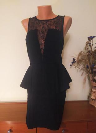 Красивое нарядное платье  с гипюровой вставкой на спине и груд...