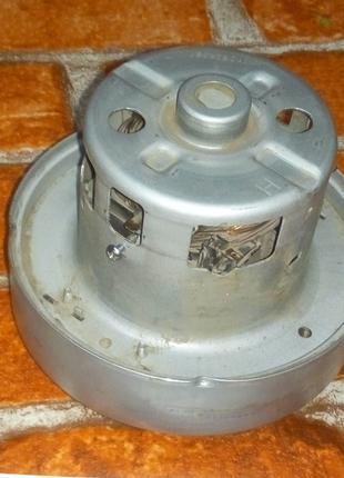 Нерабочий двигатель пылесоса SAMSUNG при работе горят щетки на