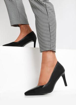 Классические лодочки на каблуке туфли женские средний каблук