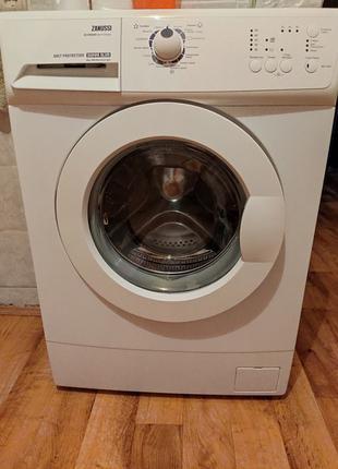Продам стиральную машину zanussi zwo 6102 v 4кг