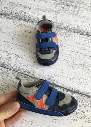 Крутые кроссовки пинетки кеды carter's 9-12мес