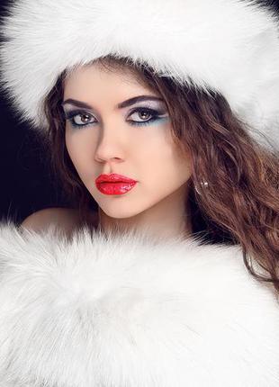 Белая меховая шапка норковая