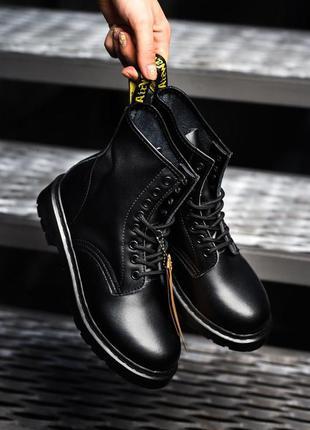 Ботинки dr. martens tripple black черевики