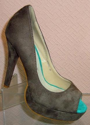 Замшевые туфли на высоком каблуке с открытым носом стелька кож...