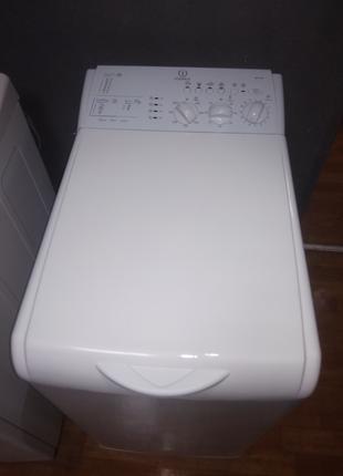Стиральная машина Indesit стиралка Индезит.  5 кг