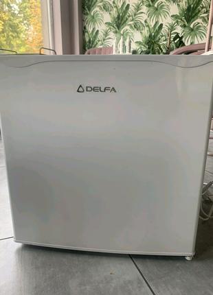 Холодильник Delfa маленький