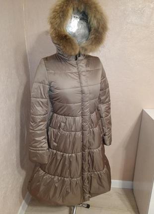 Зимнее пальто с натуральным мехом енота 44-50р бежевое