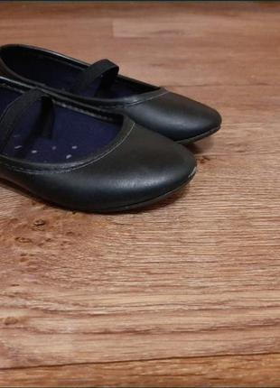 Продам детские туфельки-лодочки
