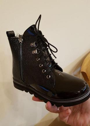 Лаковые деми ботинки для девочки с супинатором р.27-32 наложен...