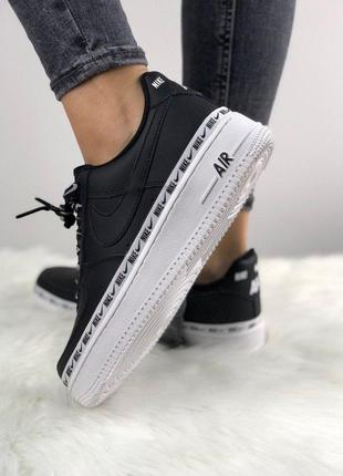 Кроссовки Nike Air Force 1 '07 SE Premium Black/White.