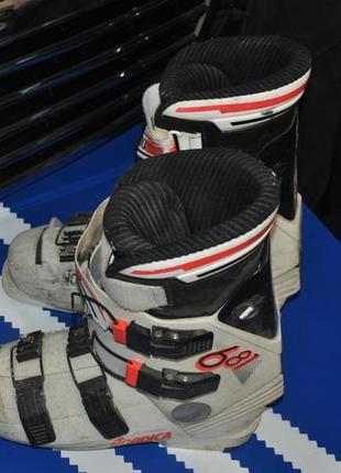 Ботинки лыжные сноубордические см 27.5 мужские