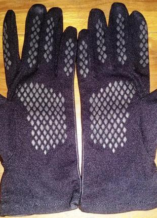 Женские перчатки totes, кожа+текстиль