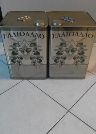 Оливковое домашнее масло греция