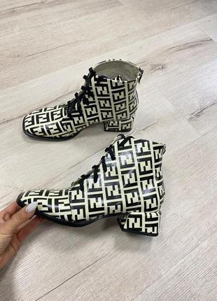 Ботинки кожа замш каблук 3 см