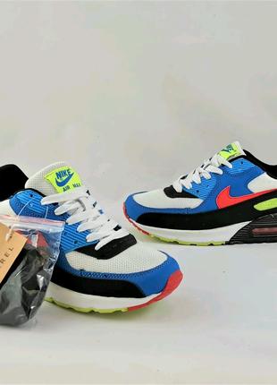 Nike Air Max 90 37-40 акция скидка