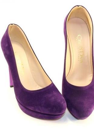 Шикарные замшевые фиолетовые туфли на высоком каблуке